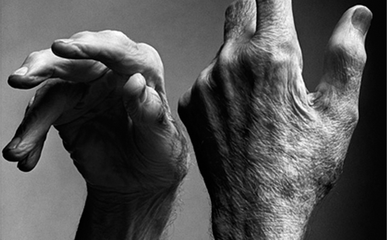Les mans de Merce Cunningham - Not a moment to soon, de FERRAN CARVAJAL I TREVOR CARLSON al Mercat de les Flors del 14 al 16 d'octubre de 2016