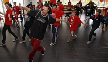 Taller Breakdance amb CRISTIAN BORRALLO ESTEVEZ i SOFIA MORAZZANI al Mercat de les Flors
